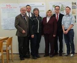 Ministerin Rundt mit den Experten der Stadt Nienburg und SPD-Vertretern - (c) SPD-Stadtratsfraktion Nienburg